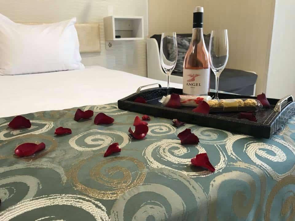Романтично бягство за двама в Хотел Габи и Хотел Капри Пловдив за 14 Февруари и 8 Март 2018г.