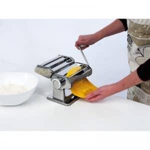 Ръчна машина за прясна паста със сменяеми приставки Laica PM2000