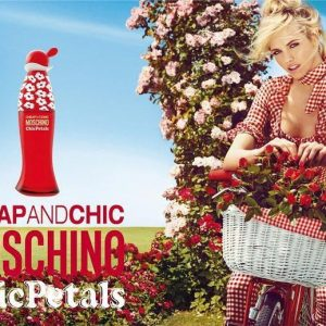 Moschino Cheap & Chic Petals парфюм за жени EDT на супер цена от parfium.bg